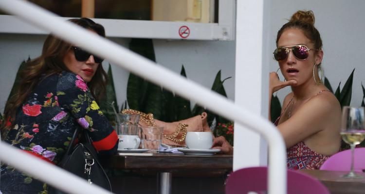 Leah Remini, Jennifer Lopez