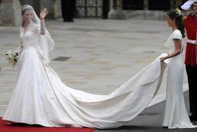 Vestito da sposa di kate middleton foto