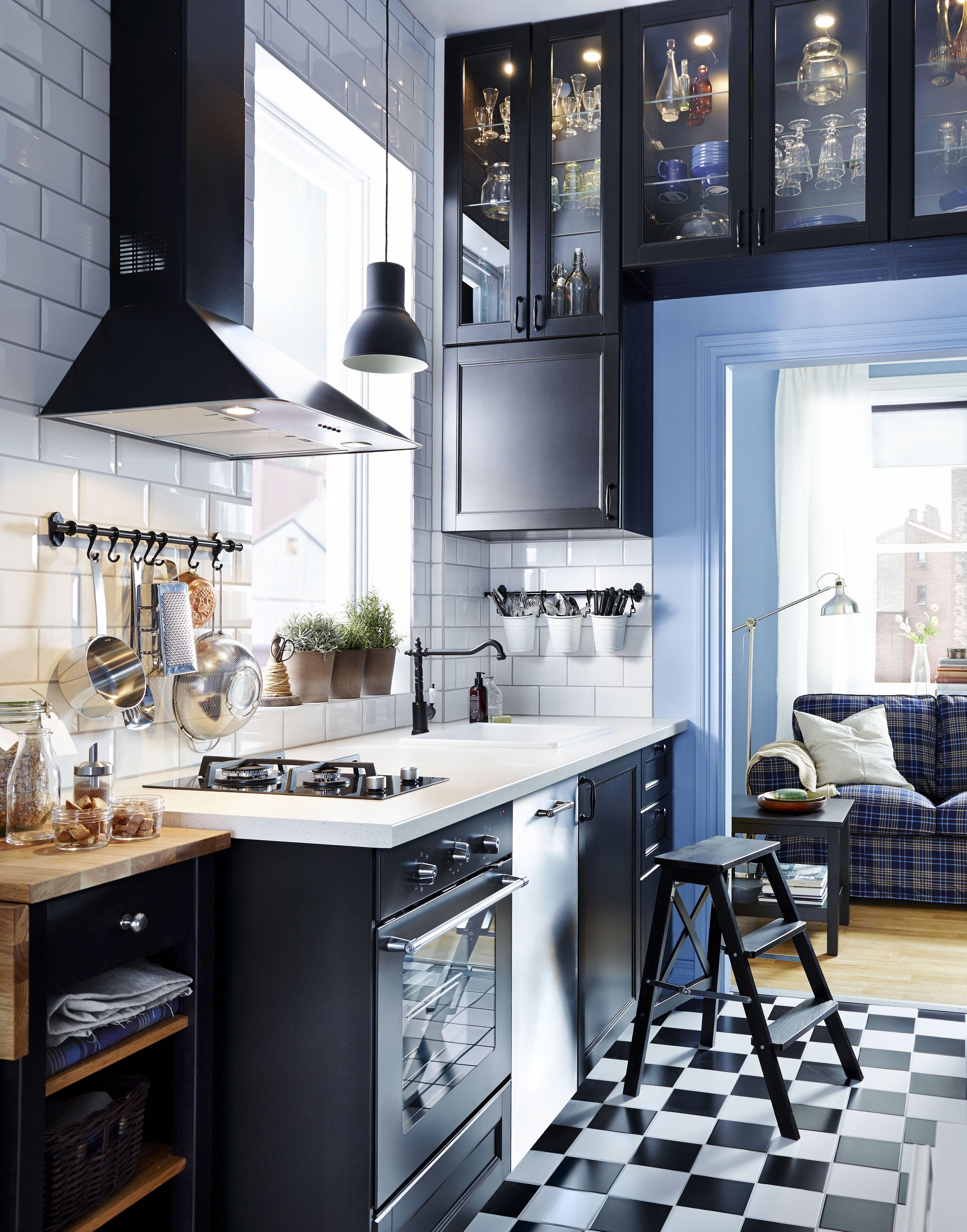 Cucina bianco viola lucido - Ikea piano cucina ...