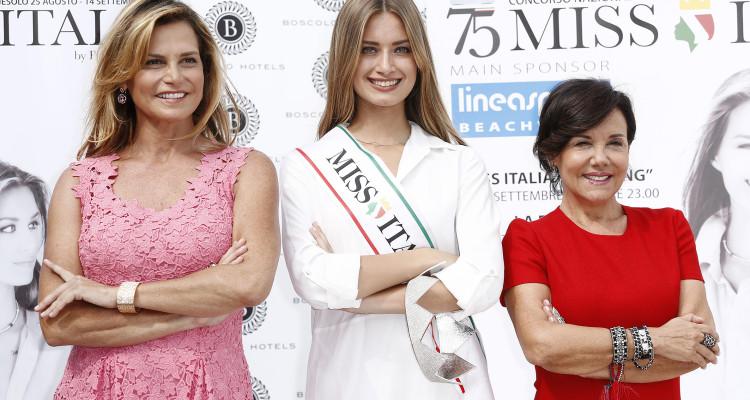 Giulia Arena, Patrizia Mirigliani, Simona Ventura