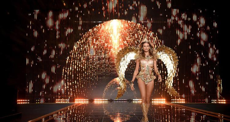 Victoria-Secret-Fashion-Show-Kicks-Off-London