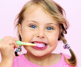 child-brushing-teeth1